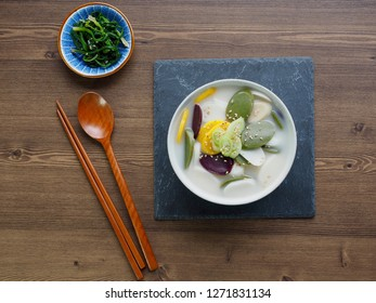 Korean food rice cake soup, tteokguk, Sliced Rice Cake Soup