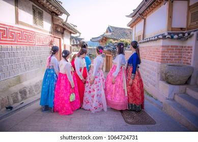korean girls dressed hanbok in traditional dress at bukchon hanok village seoul korea