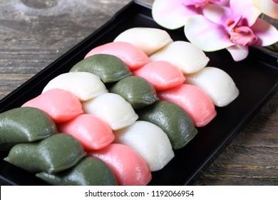 Korean Rice Cake (tteok)