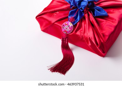 Korean traditional gift and colour