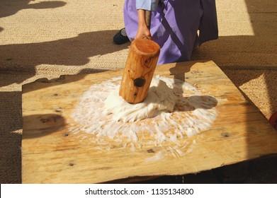 Korean traditional rice cake making process