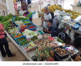 Kota Bharu, Kelantan. November 19, 2018. Business as usual at Pasar Cabang Tiga or Pasar Tok Guru Pengkalan Chepa Kelantan. The wet market was closed for renovation and recently open on September 2018