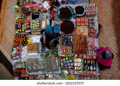 Kota Bharu,Malaysia.11 February 2018. Here is the normal situation in Siti Khadijah Market which is the focus of tourists and locals to buy their daily necessities.