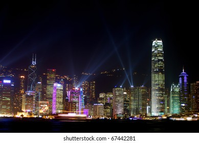KOWLOON, HONGKONG - JANUARY 26: Laser-show in Hongkong Island, January 26, 2007 at Kowloon, Hongkong. One of the most spectacular sight in the world is the Hongkong skyscraper laser show.