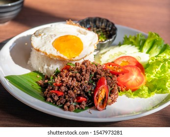 Kra pao rice with fried egg