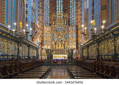 KRAKOW, POLAND - DECEMBER 15, 2016: Veit Stoss altarpiece in St. Mary's Basilica. The altarpiece was carved between 1477 and 1484 by the German sculptor Veit Stoss (known in Polish as Wit Stwosz).