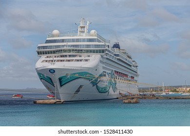 KRALENDIJK, BONAIRE- December 4, 2017: Being south of the hurricane belt and because of the constant breeze, temperatures and little rain, Bonaire is a year round tourist and cruise ship destination.