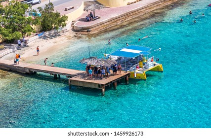 KRALENDIJK, BONAIRE- February, 23, 2017: Being south of the hurricane belt and because of the constant breeze, temperatures and little rain, Bonaire is a year round tourist and cruise ship destination