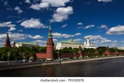 Kremlin tower on the background of the Moscow river