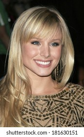 Kristen Bell at DAY 2 - ARRIVALS at Mercedes-Benz LA Fashion Week, Smashbox Studios, Los Angeles, CA, October 15, 2007