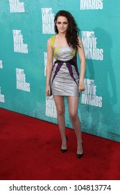 Kristen Stewart at the 2012 MTV Movie Awards Arrivals, Gibson Amphitheater, Universal City, CA 06-03-12