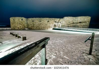 Kronoberg Castle ruins - Winter night landscape