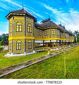 KUALA KANGSAR, PERAK, MALAYSIA - FEBRUARY 20, 2017:  Istana Kenangan - royal residence in Kuala Kangsar in Perak. It was built in 1926 for Sultan Iskandar Shah. Today  it is the Royal Museum.