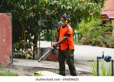 Kuala Lipis , Pahang , Malaysia 3rd August 2017 - Fogging Service By Malaysia Ministry Of Health