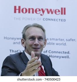 KUALA LUMPUR 02 OCTOBER 2017 : President, Honeywell, ASEAN, Briand Greer, at present to Launch of The Honeywell Connected Experience.