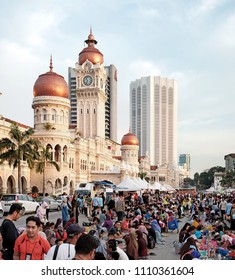 KUALA LUMPUR - JUNE 9, 2018: Muslim break fast at the 4th IFTAR KL event in Dataran Merdeka, KL. The event is organised by Malaysian Tourism Board in the Ramadan month to showcase Muslim culture.