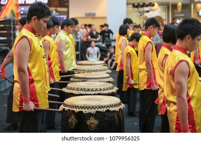 KUALA LUMPUR, MALAYSIA - 19 OCT 2014 : Teenagers standing by to start chinese lion dance drum rhythmic show and dance at VIVA HOME shopping mall in Kuala Lumpur, Malaysia.