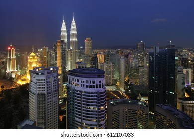 Kuala Lumpur Malaysia 22 OCT 2016 : This scenario Kuala Lumpur twin towers, light trail view of Kuala Lumpur city