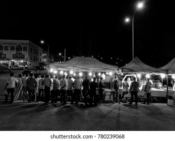 Kuala Lumpur,  Malaysia, 23rd December 2017. Typical scene at night market in black and white