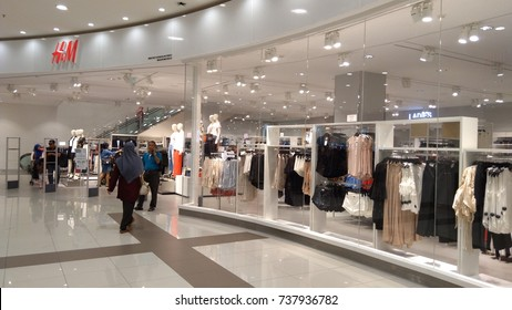 KUALA LUMPUR, MALAYSIA, AUGUST 10TH 2017 - H&M outlet located at the Nu Sentral shopping mall. The famous outlet to buy the clothes for all the level age people.