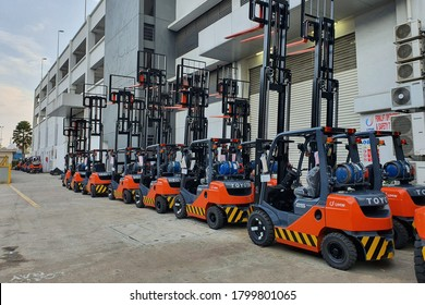 KUALA LUMPUR, MALAYSIA, AUGUST 15 2020 : Perfectly parked Toyota forklift at Shah Alam headquarters,