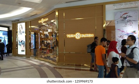 3ef33b072a0 tory burch store Images