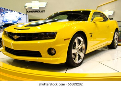 Chevrolet Camaro Yellow Images Stock Photos Vectors Shutterstock