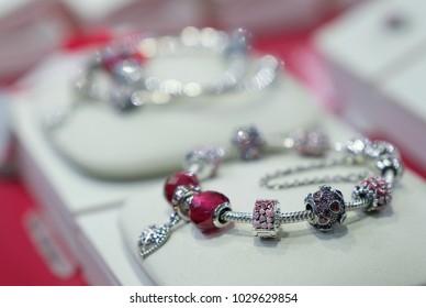 pandora bracelet charms france