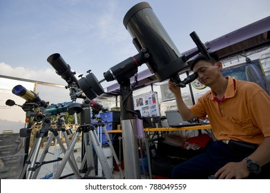 KUALA LUMPUR, MALAYSIA : JANUARY 5, 2017 - Amature astronomer doing own research about sun at Observatory