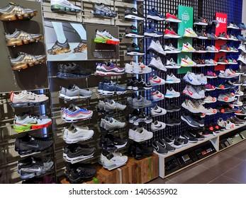 premium selection 3e054 83f1a Fotos, imágenes y otros productos fotográficos de stock ...
