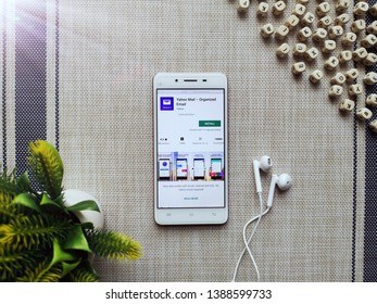 KUALA LUMPUR, MALAYSIA - MAY 5, 2019 : Install and browsing Yahoo Mail App with smartphone. The best email app to easily organize Gmail, Outlook (Hotmail), AOL and Yahoo mailboxes. - Image