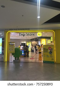 KUALA LUMPUR, MALAYSIA, NOV 7, 2017 : Digi Telecommunications Sdn. Bhd., DBA digi, is a mobile service provider in Malaysia. It is owned in majority by Telenor ASA of Norway with 49%.