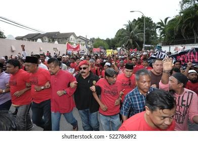 KUALA LUMPUR, MALAYSIA - NOVEMBER 25 2016: Unknown protesters of Malaysian and Rohingya people in a peaceful rally march their way to Myanmar Embassy in Kuala Lumpur, Malaysia.