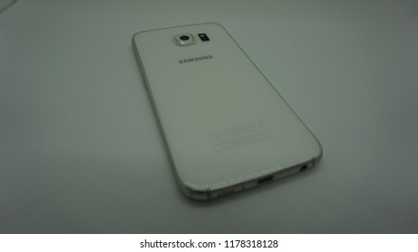 Kuala Lumpur / Malaysia - September 13 2018: Samsung Galaxy S6 in white background