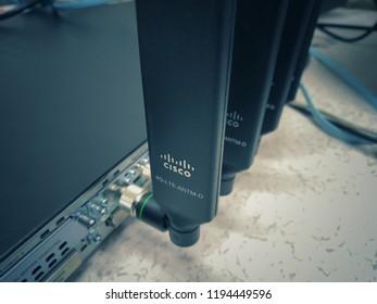 Imágenes, fotos de stock y vectores sobre Cisco Office