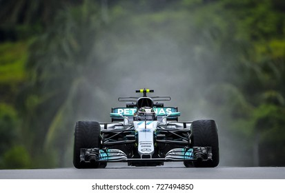 KUALA LUMPUR, MALAYSIA - SEPTEMBER 29, 2017 : Valtteri Bottas of Finland driving the (77) Mercedes AMG Petronas F1 Team on track during Malaysia Formula One Grand Prix at Sepang Circuit.