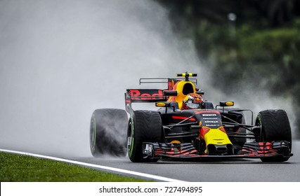 KUALA LUMPUR, MALAYSIA - SEPTEMBER 29, 2017 : Max Verstappen of the Netherlands driving the (33) Red Bull Racing on track during Malaysia Formula One Grand Prix at Sepang Circuit.
