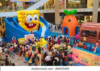 KUALA LUMPUR, MALAYSIA-June 7, 2015 :Crowd at the Spongebob promotion ground at Pavillion Shopping mall, Kuala Lumpur Malaysia on June 2015.