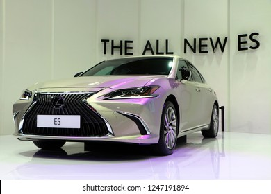 Kuala Lumpur, Malaysia-November 1,2018 : Lexus ES is a series of compact executive, then mid-size luxury / executive cars sold by Lexus, displayed at Kuala Lumpur International Motor Show (KLIMS).