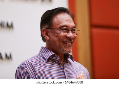 Anwar Ibrahim Images, Stock Photos & Vectors | Shutterstock