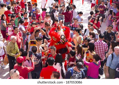 KUALA LUMPUR-JAN 31: Malaysian Traditional Lion Dance performs a dance routine outside the Thean Hou Temple during Chinese New Year celebrations on January 31, 2014 in Kuala Lumpur, Malaysia.