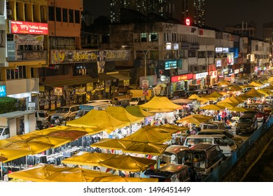 Kuala Lumpur,Malaysia - Sept 4,2019 : People can seen shopping and exploring around Taman Cannaught night market in every Wednesday,it sells everything from tasty foods, inexpensive clothing and etc.