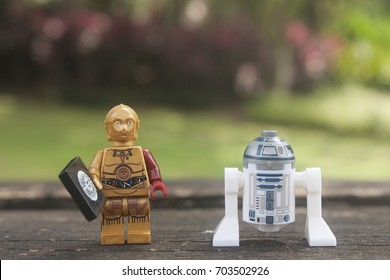 KUALA LUMPUR,MALAYSIA-august 25 2017:close up of lego star wars C3PO and R2D2 over blurred background