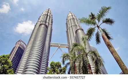 KUALA-LUMPUR, MALAYSIA - MAY 18: Twin towers Petronas and sky bridge at Mayl 18, 2013, Kuala Lumpur, Malaysia.