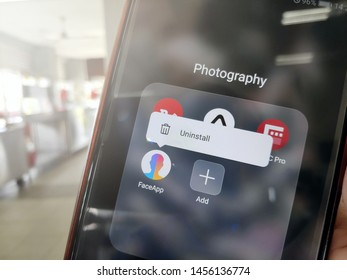 KUANTAN, MALAYSIA - JULY 20, 2019 : Uninstall FaceApp application on Android smartphone.