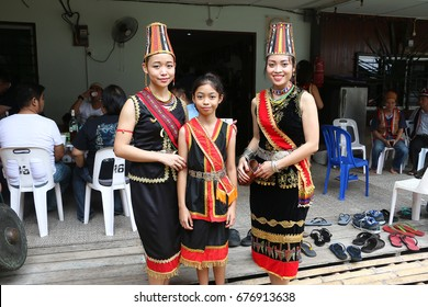 Dayak Costume Images Stock Photos Vectors Shutterstock
