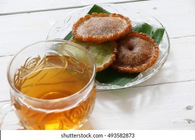 Kuih Pinjaram and Tea