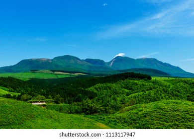 Kuju mountain mountain in Japan