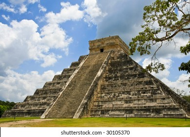 Kukulkan Pyramid in Chichen Itza on the Yucatan Peninsula