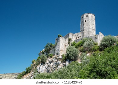 The Kula is a silo-shaped fort overlooking the village of Počitelj  from the top of the hill. It used to house watchmen and military as a guard against possible intrusions from the Neretva valley.